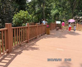 专业的辽宁塑木地板供应商就选绿华塑木