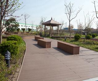 专业的北京塑木地板供应商就选绿华塑木