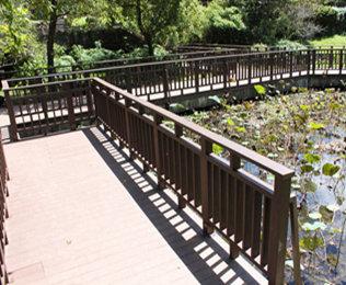 高性价比的武汉塑木地板供货商就选绿华塑木