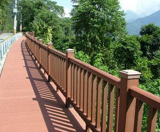 专业的河北塑木地板供应商就选绿华塑木