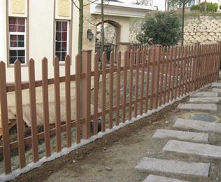【老客户】南京溧水别墅区订购绿华塑木栅栏