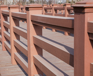 定制公园塑木护栏找专业厂家-绿华塑木